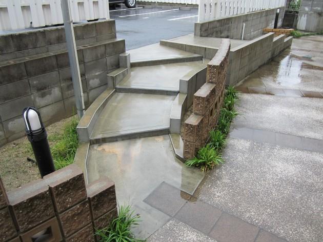 階段 滑り止め