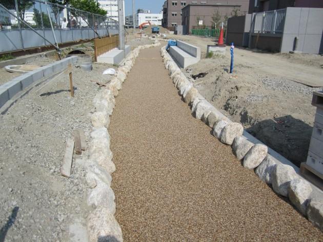 自然石樹脂舗装 施工