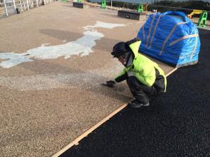 蓄光石樹脂舗装 施工
